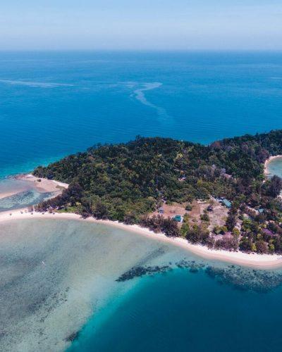 Drone aerial view of Ara Dinawan Island